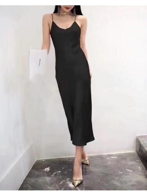 Dirbtinio šilko suknelė
