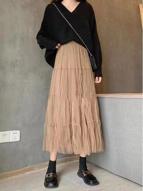 Kreminio tiulio sijonas Vasara